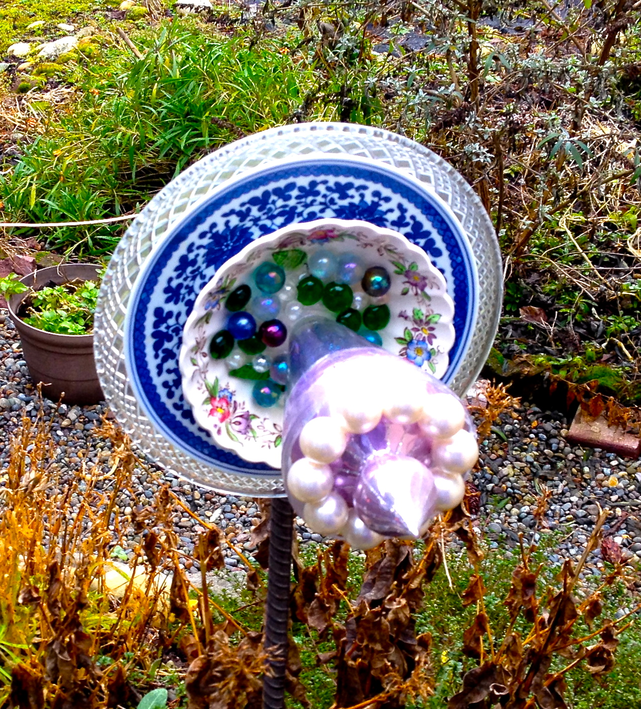 Unwritten creativity glass garden flowers for mom the for Recycled glass flowers