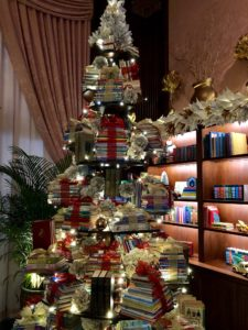 Image of a Christmas tree made out of books. Photo by Cat Rambo; all rights reserved.